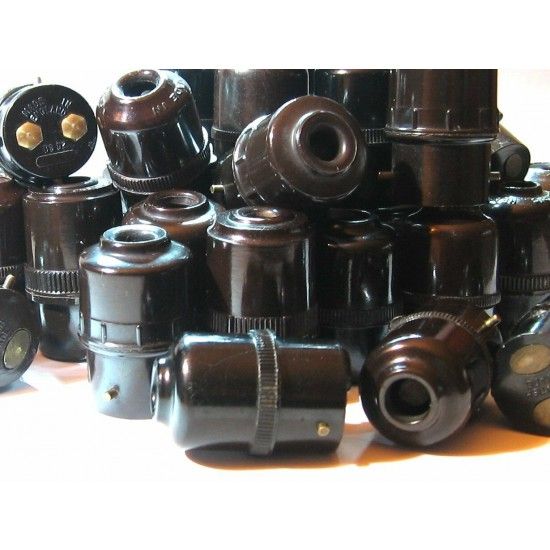 B22 Plug Bulb Socket Extension 5Amp Refurbished Brown Bakelite